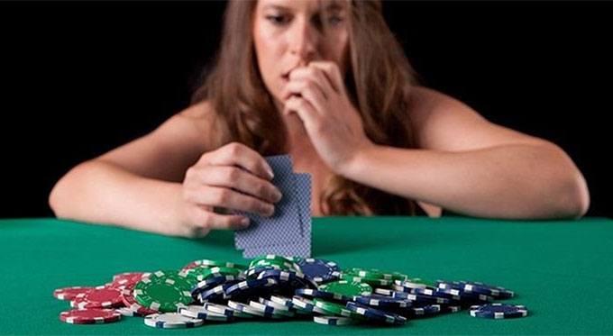 tells au poker